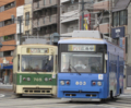 [広島電鉄700形電車][広島電鉄800形電車]705号車(左)803号車(右)