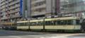 [広島電鉄350形電車][広島電鉄3100形電車]352号車(左)3101編成(右)