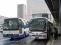 [中国JRバス][石見交通]【島根200か・439】(左)【島根200か・364】(右)