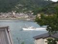 白雪楼 二階書斎から漁船を見る