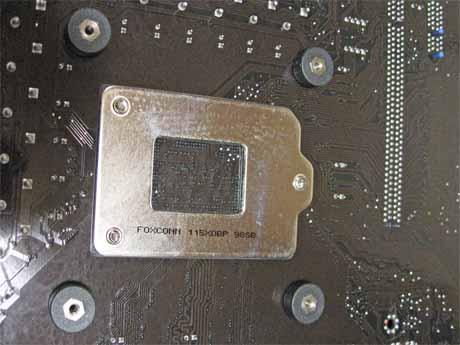 基盤に「DEEPCOOL ICEEDGE 400 NI」リテンション部品を取付