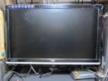 [H2420HD]モニターポールで24型LCDワイドディスプレイの設置状況