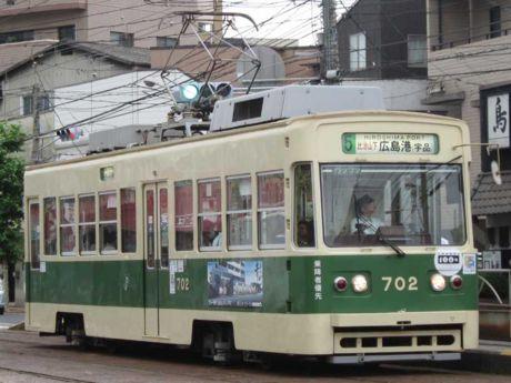 702号車