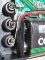 [DT-830B]内部電池スナップと端子が接近