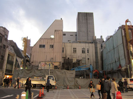 広島市中区本通 ビル解体工事現場