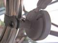 ダイソー 自転車ベル 小さいタイプ(グレー)取り付け後