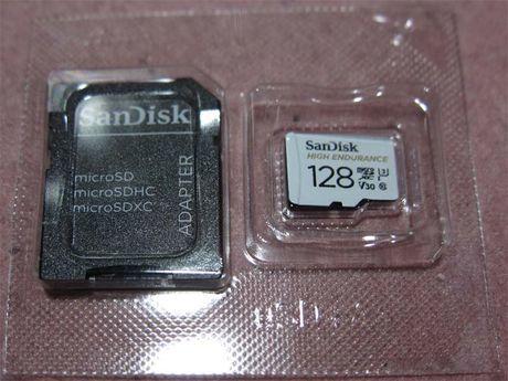 microSDXCカード SDSQQNR-128G-GN6IA 表