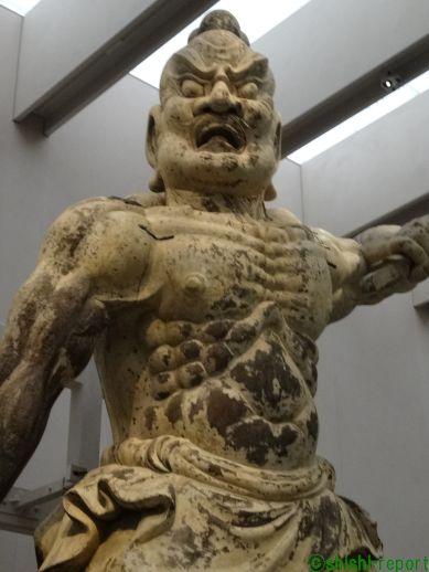 奈良国立博物館に展示されている金峯山寺の金剛力士立像の画像