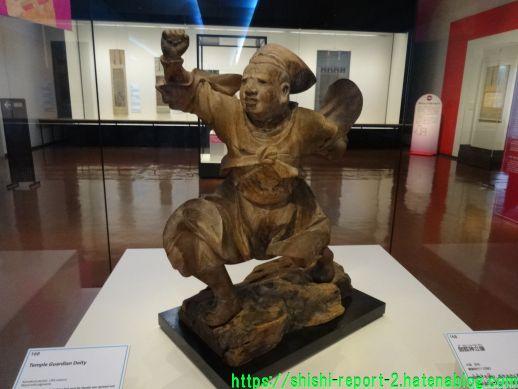 奈良博の伽藍神立像を撮影した画像