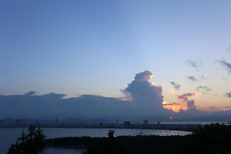 ダナン湾の夕陽