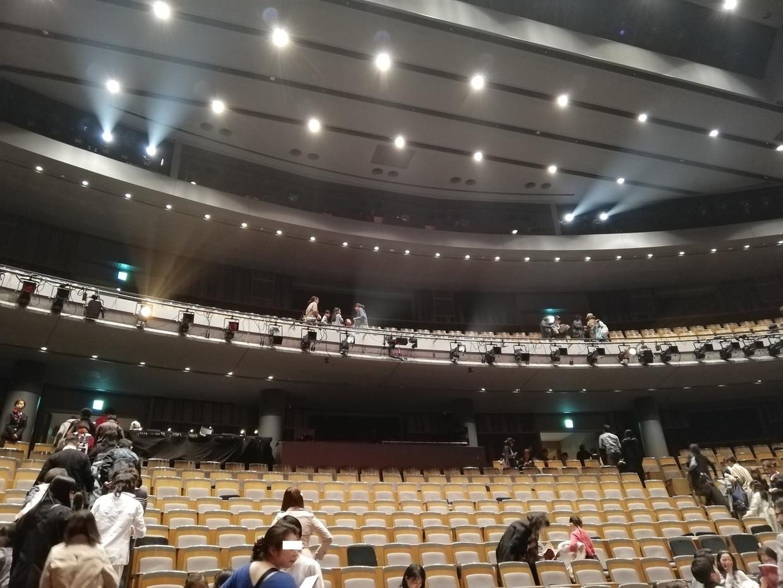 中劇場の全体