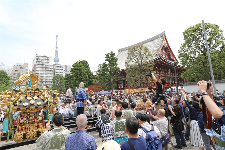 三社祭のお神輿