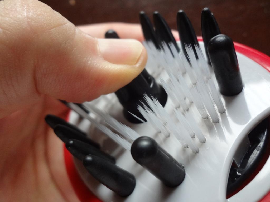 プロテクブラシの押込みマッサージャー
