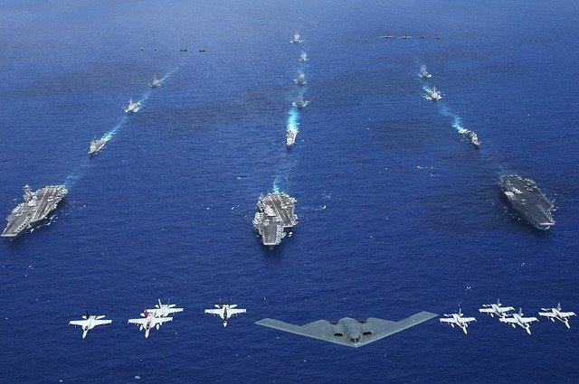 空母とストライクグループ