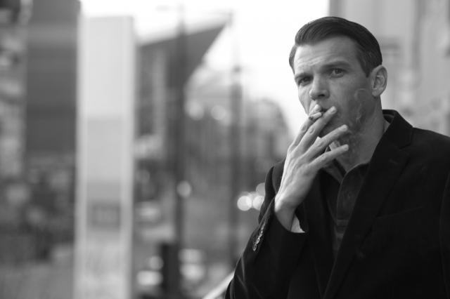 外国人男性 喫煙