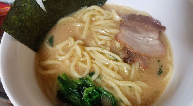 【おうちでラーメン】【冷凍】キンレイ お水がいらない 横浜家系ラーメンがうますぎる件