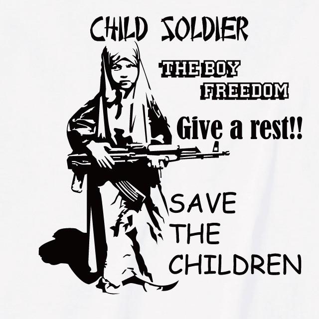 少年兵プリントtシャツ