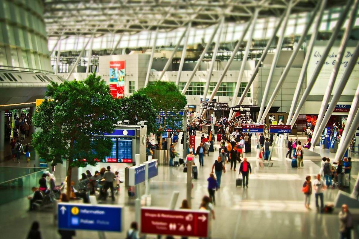 北京空港では、信用スコア750以上で専用出国レーンを利用することができた