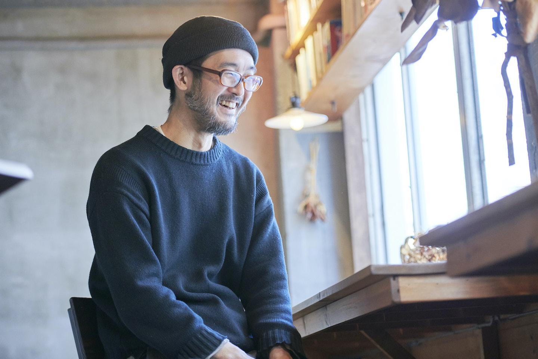『本の読める店 fuzkue』店主の阿久津隆さん