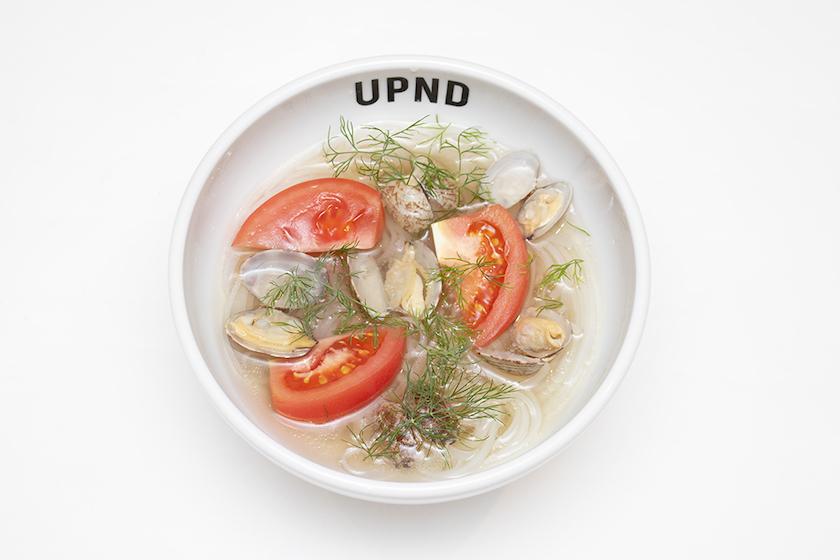 「UP Noodle TOKYO」の「あさりとトマトとディルのフォー」