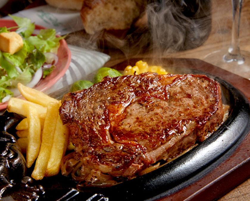 ブロンコビリーの王道ステーキ「炭焼き極選リブロースステーキ」