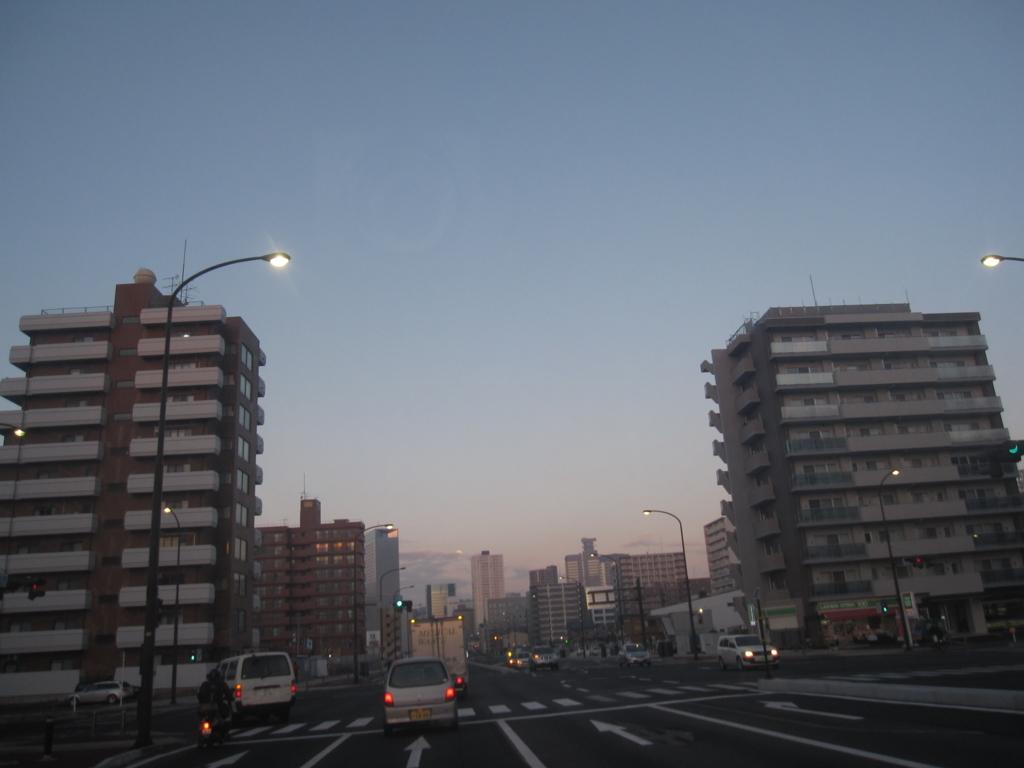仙台アエルへ向かう道の写真