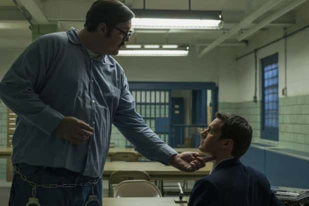 edmund kemper touches FBI agent from the scene of mindhunter