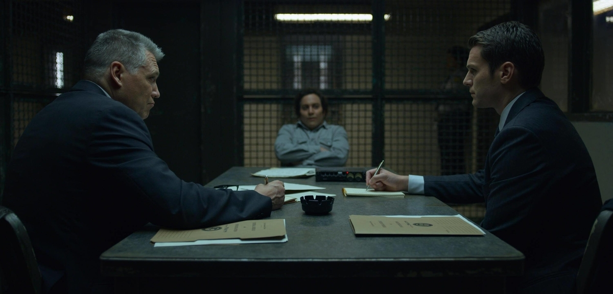 two FBI agent asking to prisoner from the scene of mindhunter