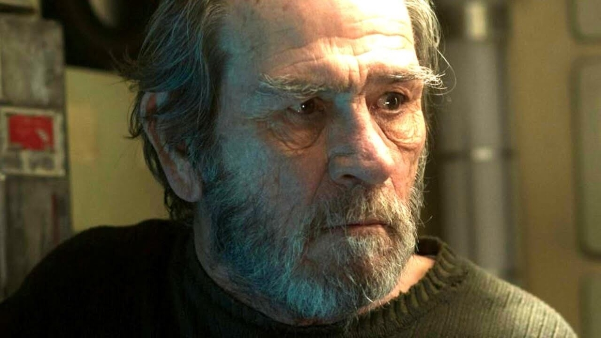 Tommy Lee Jones with beard on the movie named AdAstra