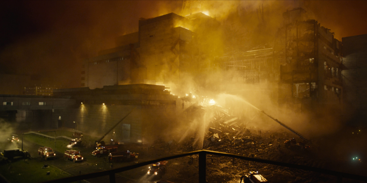 the scene a huge building was suffer from big fire from Tvshow Chernobyl:episode1