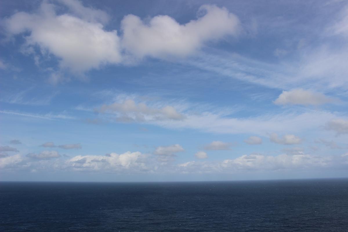 灯台から見える海
