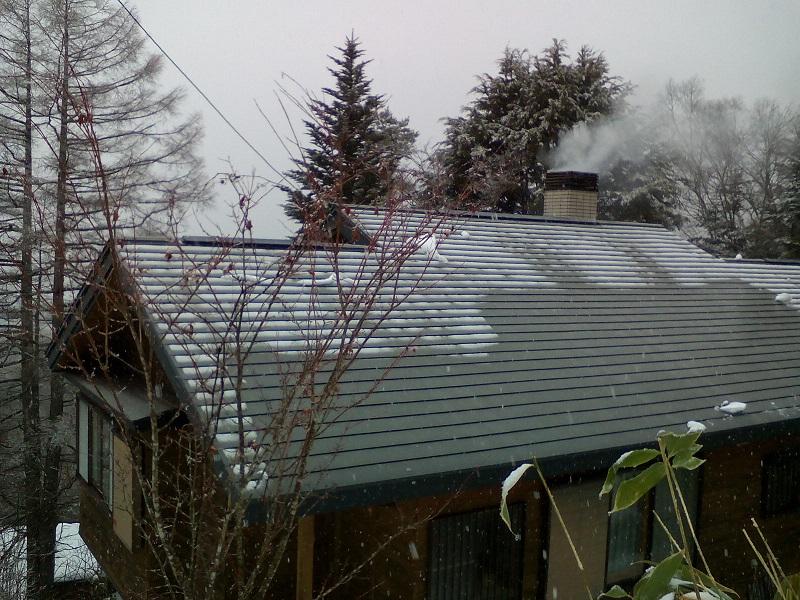 落雪後の屋根