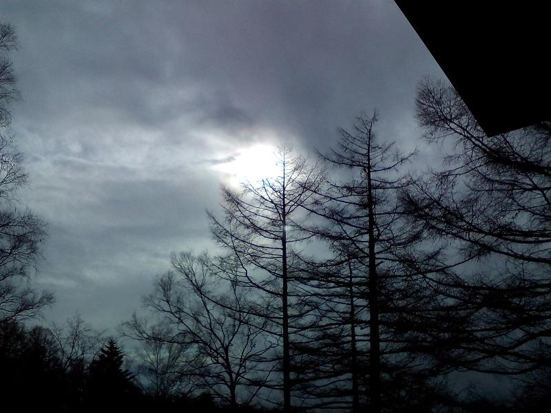 20210313-雲を透かした太陽