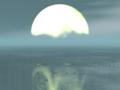 湖面上の月