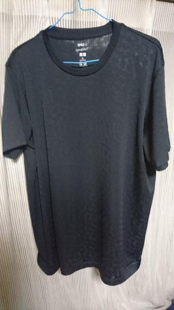 ユニクロで購入したドライTシャツ