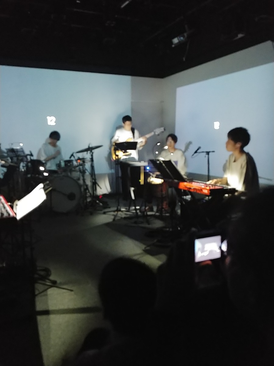 f:id:simokitazawa:20191019184340j:plain