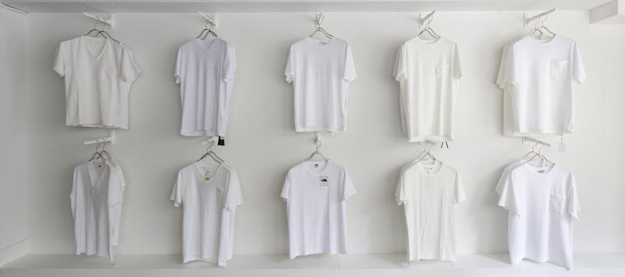 理想の白い無地Tシャツを求めて