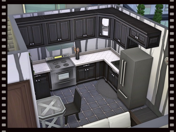 f:id:sims7days:20200517021847j:plain