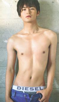 「瀬戸康史 筋肉」の画像検索結果