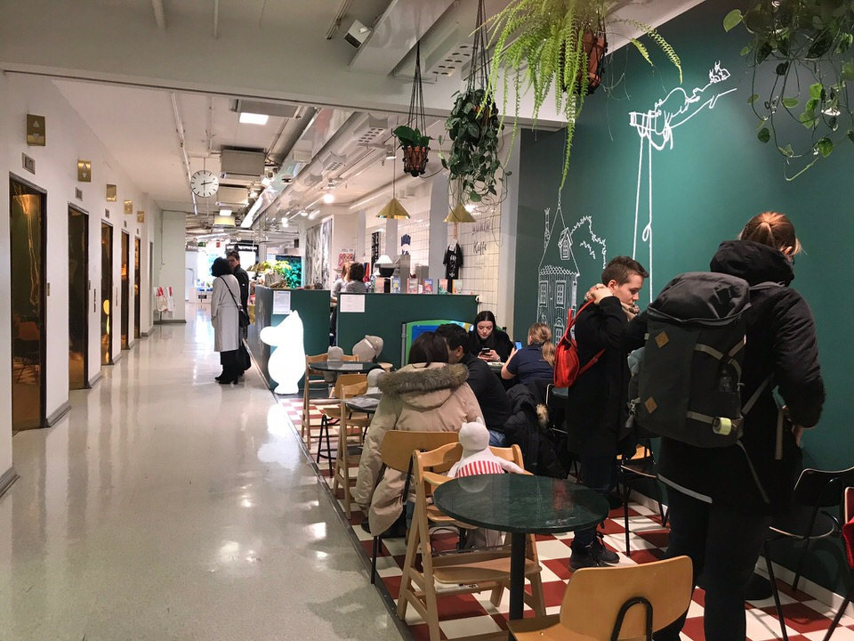 ヘルシンキムーミンカフェSTOCKMANN店