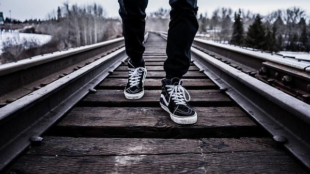 Shoes 1245920 640