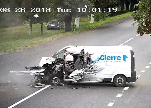 事故 居眠り 運転