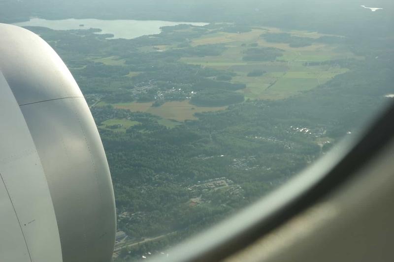 離陸後の窓からの風景
