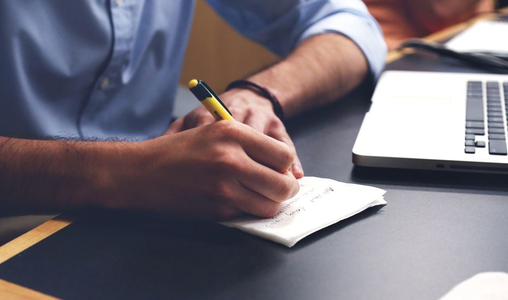 株主優待情報の簡単な調べ方