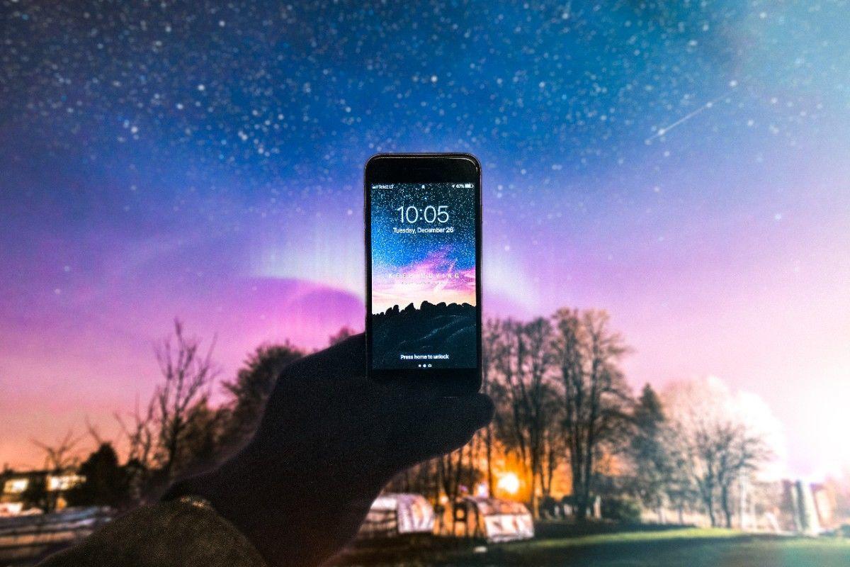 使用しているDMM mobileが楽天に買収されて良かった