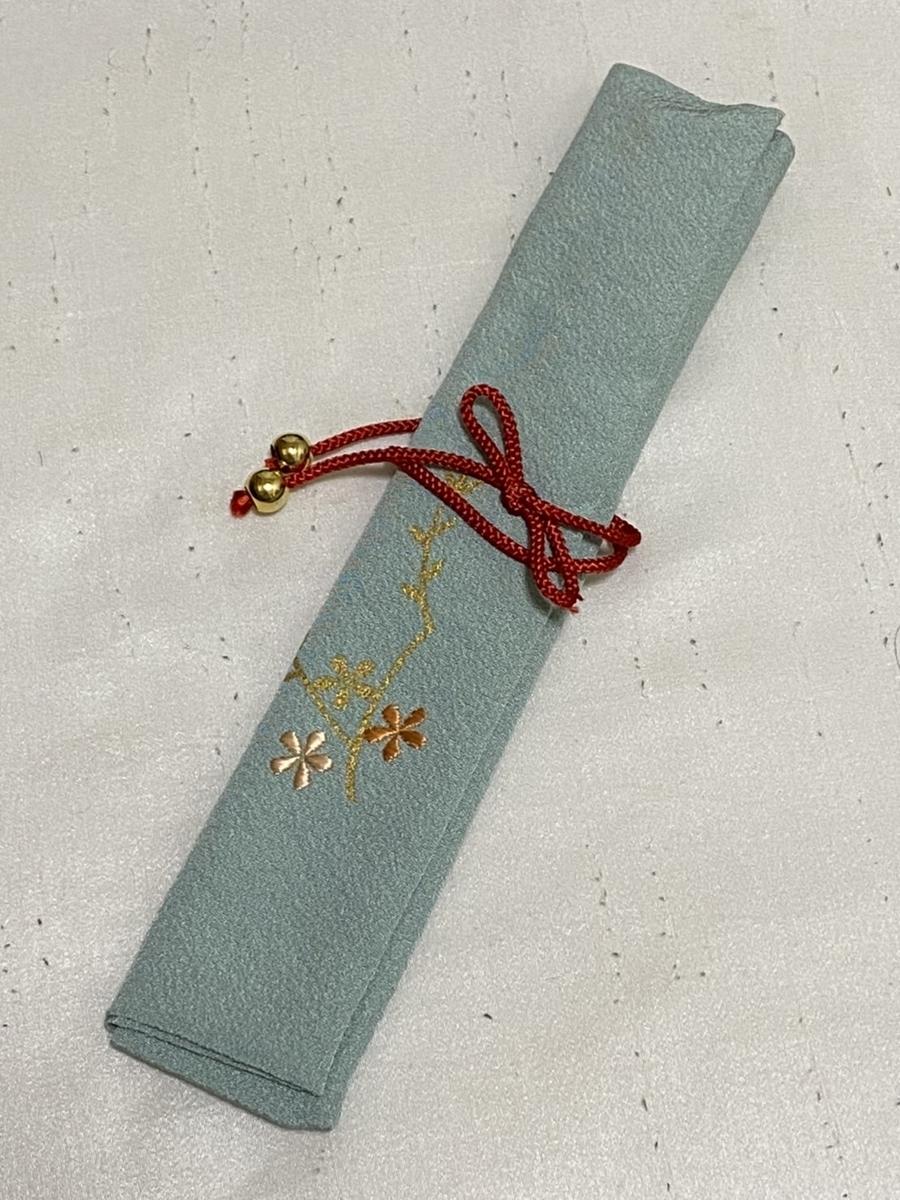 ワンポイント日本刺繍の箸入れ
