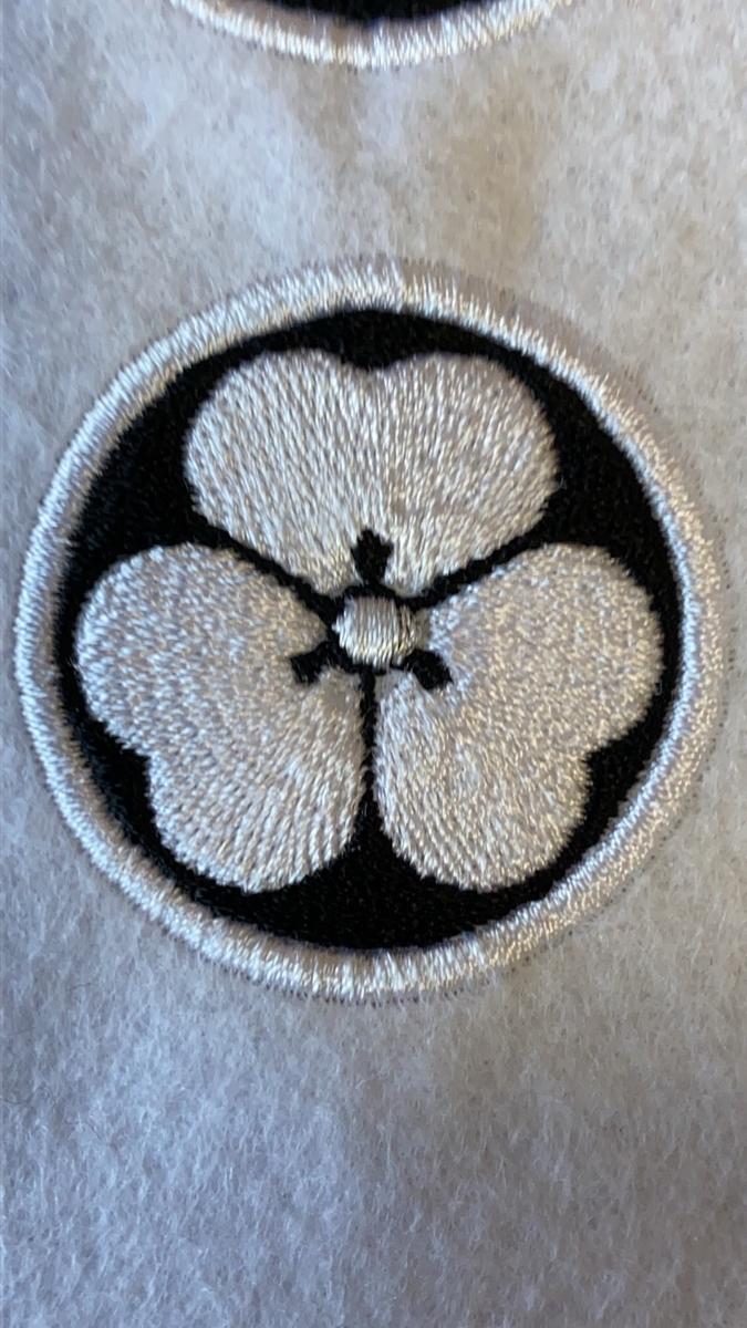 家紋刺繍ワッペン 片喰(カタバミ)