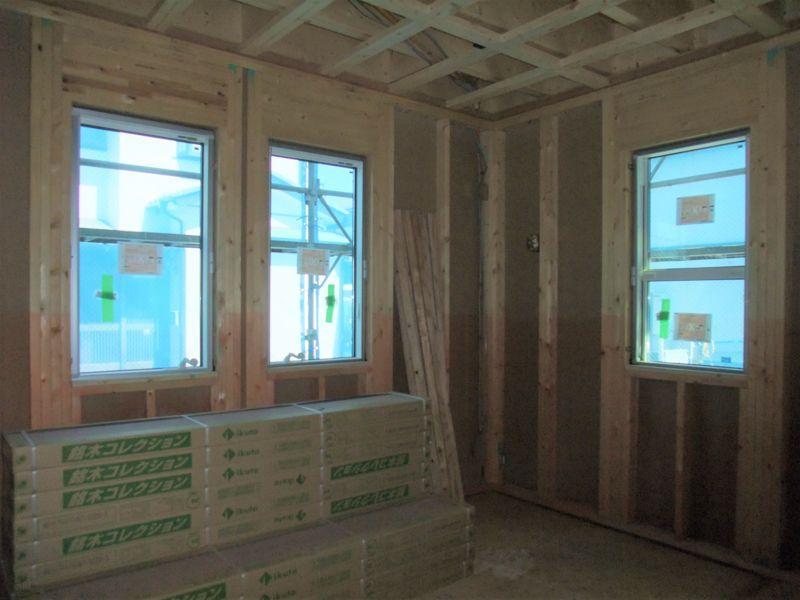 畳スペースの窓