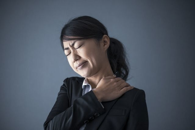 自律神経失調症の人は、体がガチガチになりがち