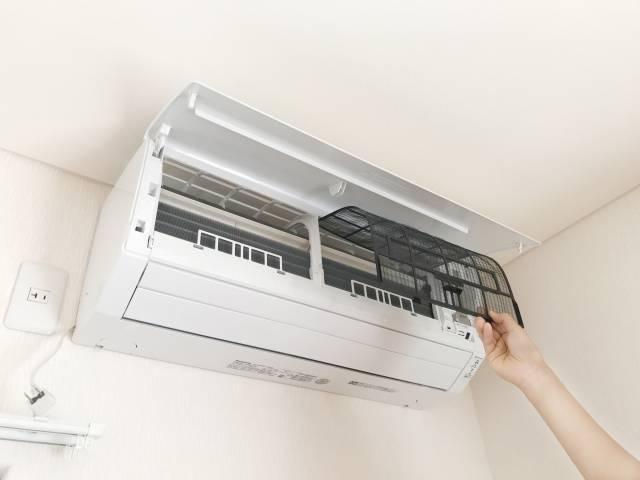 依頼内容は?|エアコン分解洗浄、室外機清掃、防カビイオンコート